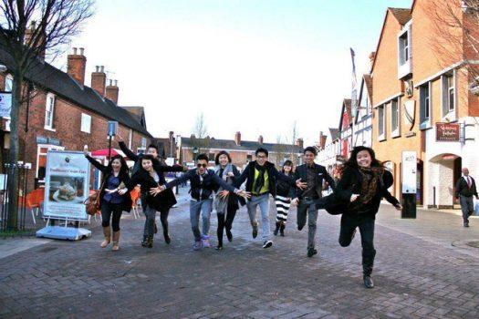 8 lý do tạo động lực cho bạn chọn trường đại học ở nước ngoài