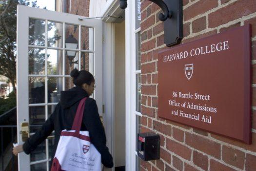 28 trường đại học có sự hỗ trợ tài chính tốt nhất cho sinh viên