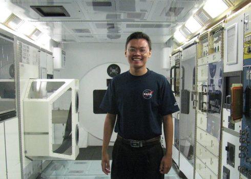 """Thực tập ở NASA: Trương Tuấn Ngọc, đam mê để """"cháy hết mình"""" với Vật lý thiên văn."""