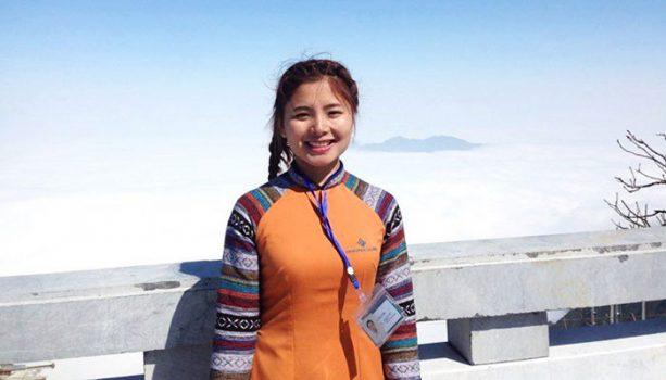 Nhờ Nỗ Lực Học Tiếng Anh, Đây Là Cô Gái Đầu Tiên Ở Xã Biên Giới Việt-Trung Dành Học Bổng 50.000 USD