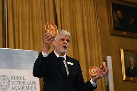 Trường đại học của giáo sư nhận giải Nobel Vật lý 2016