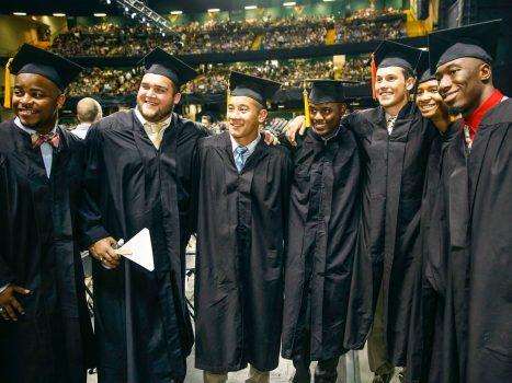 """Những trường đại học """"thông minh"""" nhất phía Nam Hoa Kỳ"""