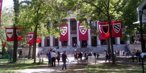 Những trường đại học của các tỷ phú thế giới