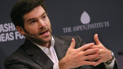 linkedin-ceo-jeff-weiner-explains-how-fixing-a-common-mistake-helped-him-grow-as-a-leader-1481335964675-crop-1481335971311