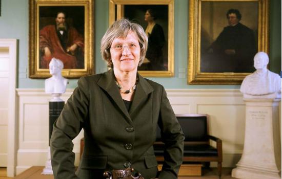 Chân dung nữ hiệu trưởng Đại học Harvard sắp tới Việt Nam thuyết trình