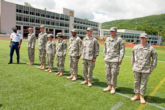 Để có thể theo học tại West Point, thí sinh phải trải qua vòng sơ tuyển và tuyển sinh khắt khe. Ảnh: NCO Journal.