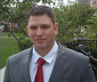 RHYS McDONALD – Cuộc hành trình từ Marine Corps đến WallStreet