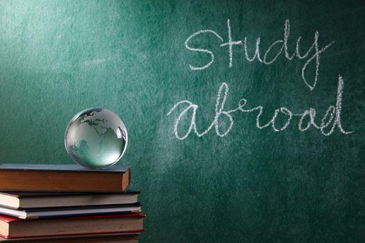 Sợ hãi vì phải đi du học nước ngoài? Dưới đây là 5 cách để giải quyết vấn đề.