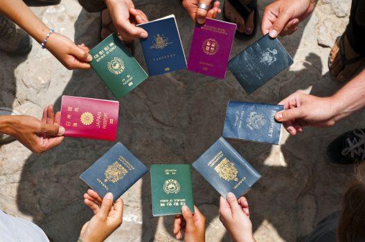 Northern Arizona University có chương trình học bổng dành cho sinh viên quốc tế không?