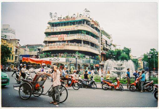 PV-02: Bài dự thi HTNM5: Bộ ảnh Bình dị Việt Nam