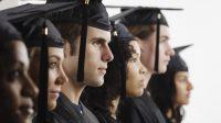 Học bổng loại thấp: Bạn sẽ bị thu hút bởi các học bổng toàn phần mà các trường và các tổ chức lớn đưa ra. Tuy nhiên, bạn nên nộp...
