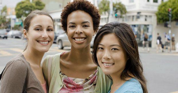 Top 10 ngành đại học phổ biến nhất dành cho nữ sinh