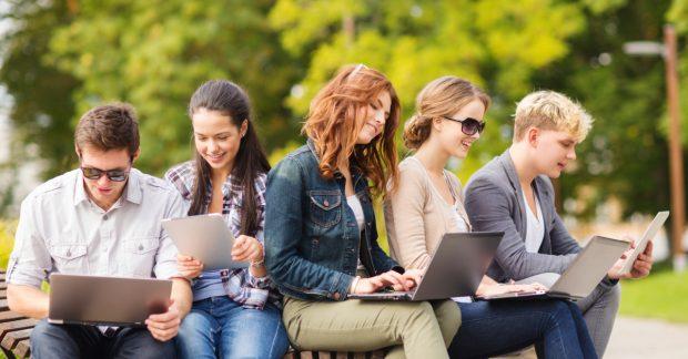 """Mức học phí """"vừa túi tiền"""" cho sinh viên quốc tế tại các trường đại học Hoa Kỳ"""