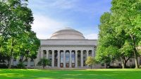 QS World University Rankings® đã công bố danh sách các trường đại học hàng đầu tại Mỹ năm 2018. Hiện tại Mỹ có 31 trường đại học hàng đầu nằm...